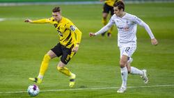 Florian Neuhaus (r.) spielte zuletzt mit seinen Gladbachern gegen den BVB