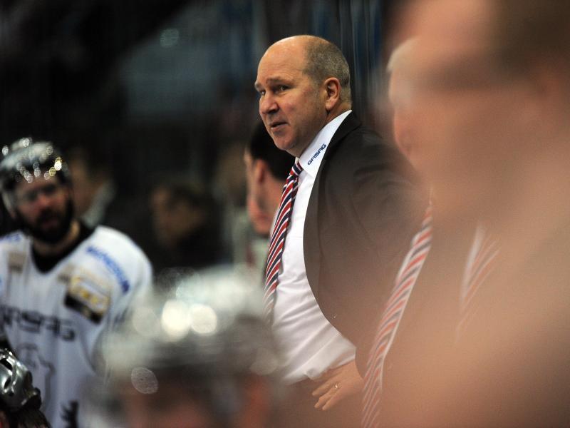 Coach Don Jackson feierte fünf Meisterschaften mit den Eisbären. Foto: Henning Kaiser
