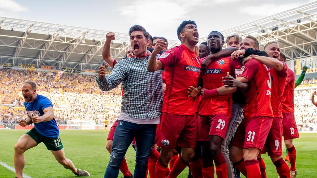 Der SC Paderborn steigt in die Fußball-Bundesliga auf