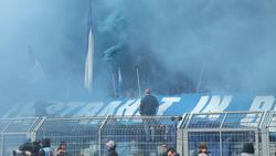 Schalke wegen Fehlverhalten der Fans zur Kasse gebeten