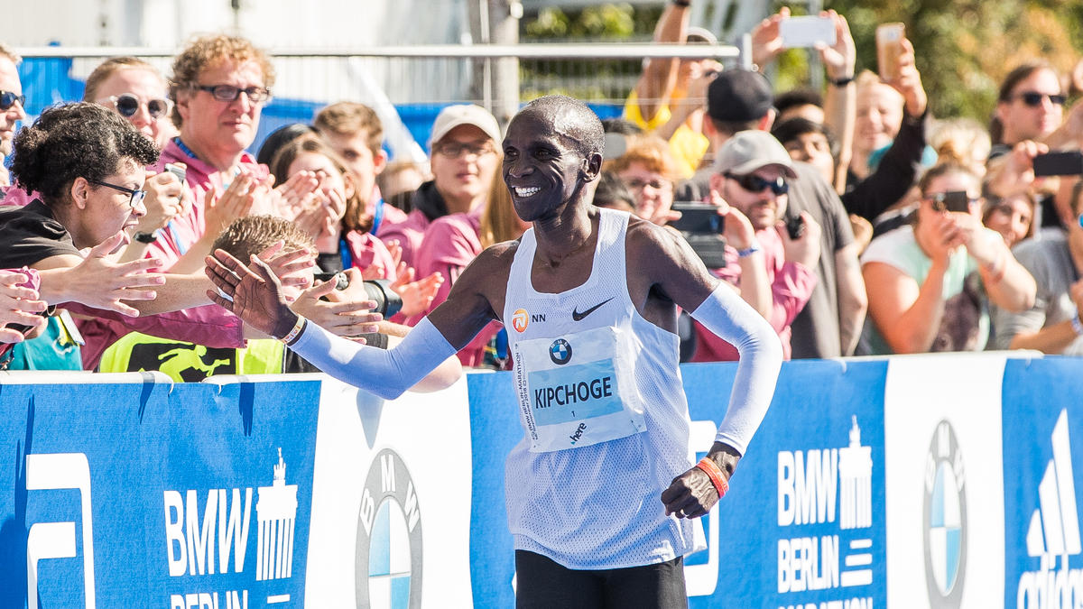Eliud Kipchoge aus Kenia lief einen Marathon in unter zwei Stunden