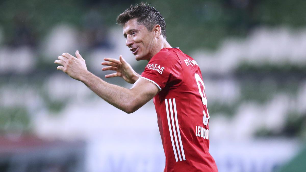 Robert Lewandowski vom FC Bayern wurde deutlich zu besten Spieler gewählt