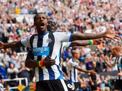Georginio Wijnaldum (l.) soll Newcastle in eine bessere Zukunft führen
