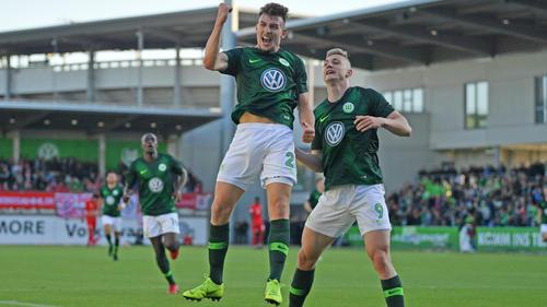 Der VfL Wolfsburg II darf nach dem Sieg über die Zweitvertretung des FC Bayern von der 3. Liga träumen