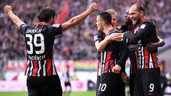 Eintracht Frankfurt hat gegen den FC Bayern einen historischen Erfolg gefeiert