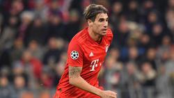 Javi Martínez vom FC Bayern München musste verletzt ausgewechselt werden