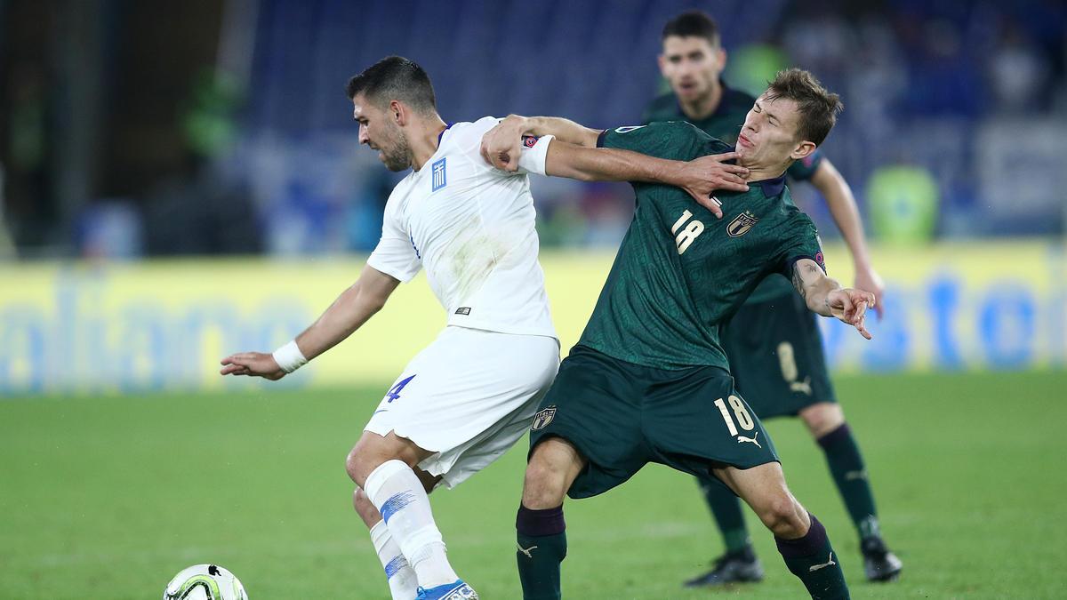 Vasileios Lampropoulos (l.) verstärkt den VfL Bochum