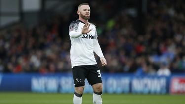 Rooney kann Debatte über Gehaltsverzicht nicht verstehen