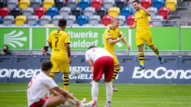 El Dortmund sigue plantando cara al líder.