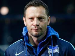 Trainer Pál Dárdai will mit Hertha gegen den FC Bayern München Punkte mitnehmen