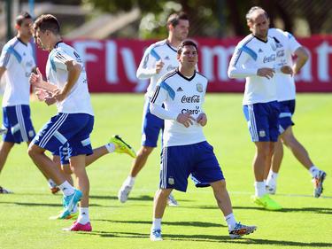 Messi durante un allenamento con l'Argentina