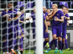 Erzgebirge Aue gewinnt das Relegationsduell gegen den Karlsruher SC