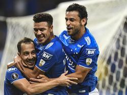 Los jugadores del Cruzeiro celebran el gol de Rodriguinho. (Foto: Getty)