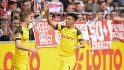 ManUnited stellt das Werben um BVB-Star Jadon Sancho (r.) ein