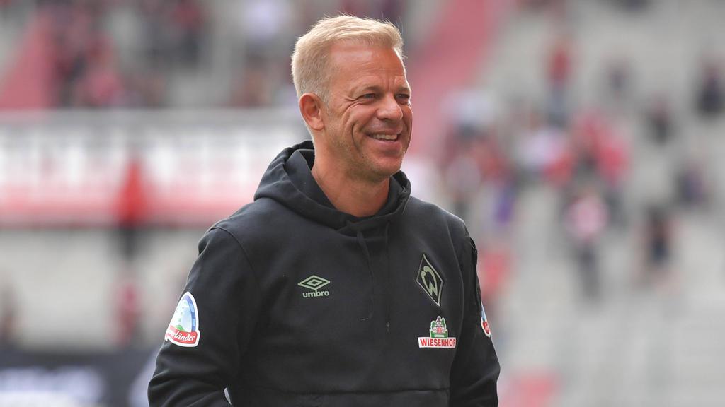 Markus Anfang und Werder Bremen empfangen den HSV