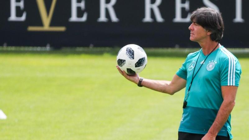 Bundestrainer Joachim Löw startet mit der Nationalmannschaft im September wieder
