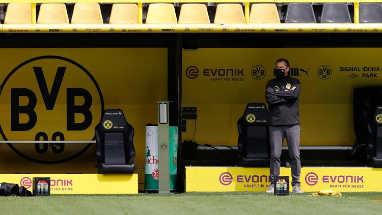 BVB-Sportdirektor Michael Zorc hakt die Meisterschaft ab