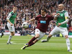 Im Cupfinale 2012 setzten sich die weinroten Hearts durch, dafür haben sie jetzt kein Geld mehr.