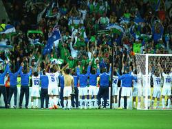 Usbekistan feiert den Aufstieg