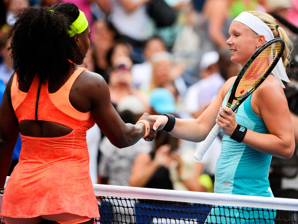 Serena Williams (l.) trifft auf Kiki Bertens