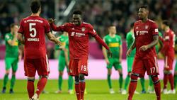 Alphonso Davies begeistert die Stars des FC Bayern