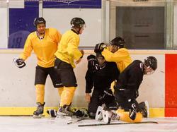 Die Rieder Kicker boten als Eishockey-Spieler vollen Einsatz