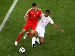 Manuel Akanji (r.) überzeugte bisher bei der Fußball-WM in Russland mit der Schweiz