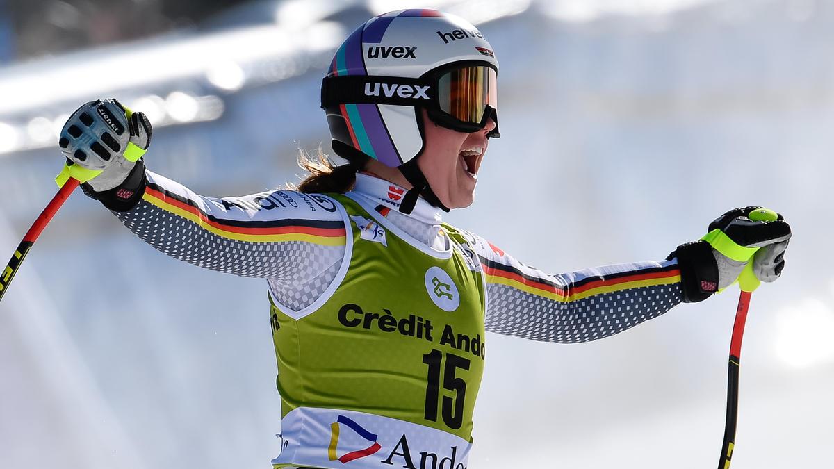 Viktoria Rebensburg fuhr beim Weltcup-Finale auf Rang eins