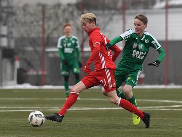 Lucas Scholl (l.) setzt seine Karriere vorerst in Liga vier weiter