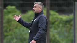 Thomas Reis fährt mit seinem VfL zum FC Bayern