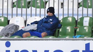 Schmollte nach Auswechslung beim 1:1 in Bremen auf der Bank: Amine Harit von Schalke 04