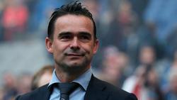 Marc Overmars und Ajax wehrt sich gegen Angriffe auf dem Transfermarkt