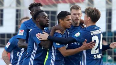 Der Hamburger SV steht weiterhin an der Spitze der 2. Bundesliga