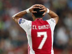 Anwar El Ghazi baalt van een gemiste kans tijdens het kwalificatieduel voor de Champions League tussen Ajax en FK Rostov. (16-08-2016)