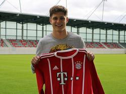 Louis Poznanski spielt ab sofort beim FC Bayern München (Bildquelle: Twitter @FCBjuniorteam)