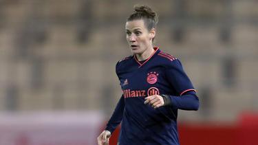 Simone Laudehr verlängert bis 2021 beim FC Bayern