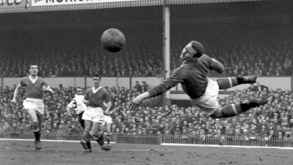 Der britische Fußball trauert um Harry Gregg