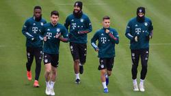 Wie steht es um  (v.li.) Sarr, Roca, Choupo-Moting und Dantas beim FC Bayern?