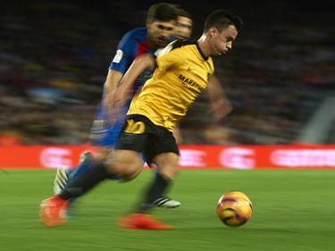 Juanpi en un encuentro ante el Barcelona en el Camp Nou. (Foto: Getty)