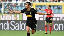 Alexis Sánchez marcó el segundo gol del Inter en Genoa.
