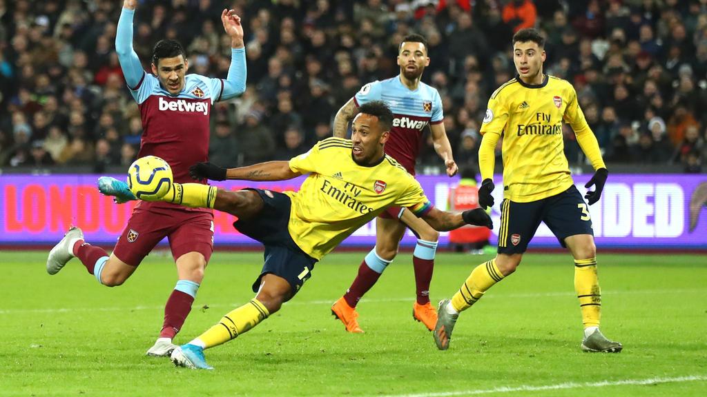 Aubameyang volvió a ver portería contra el West Ham.