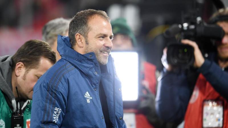 Hansi Flick ist zufrieden mit seiner Situation beim FC Bayern