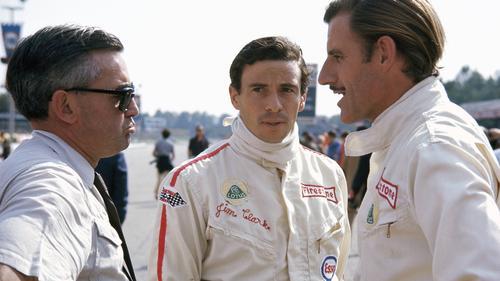 Jim Clark (m.) ist einer der besten Formel-1-Piloten aller Zeiten