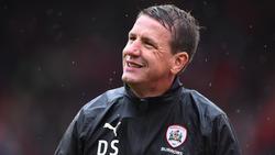 Trainiert seit Sommer den FC Barnsley: Daniel Stendel