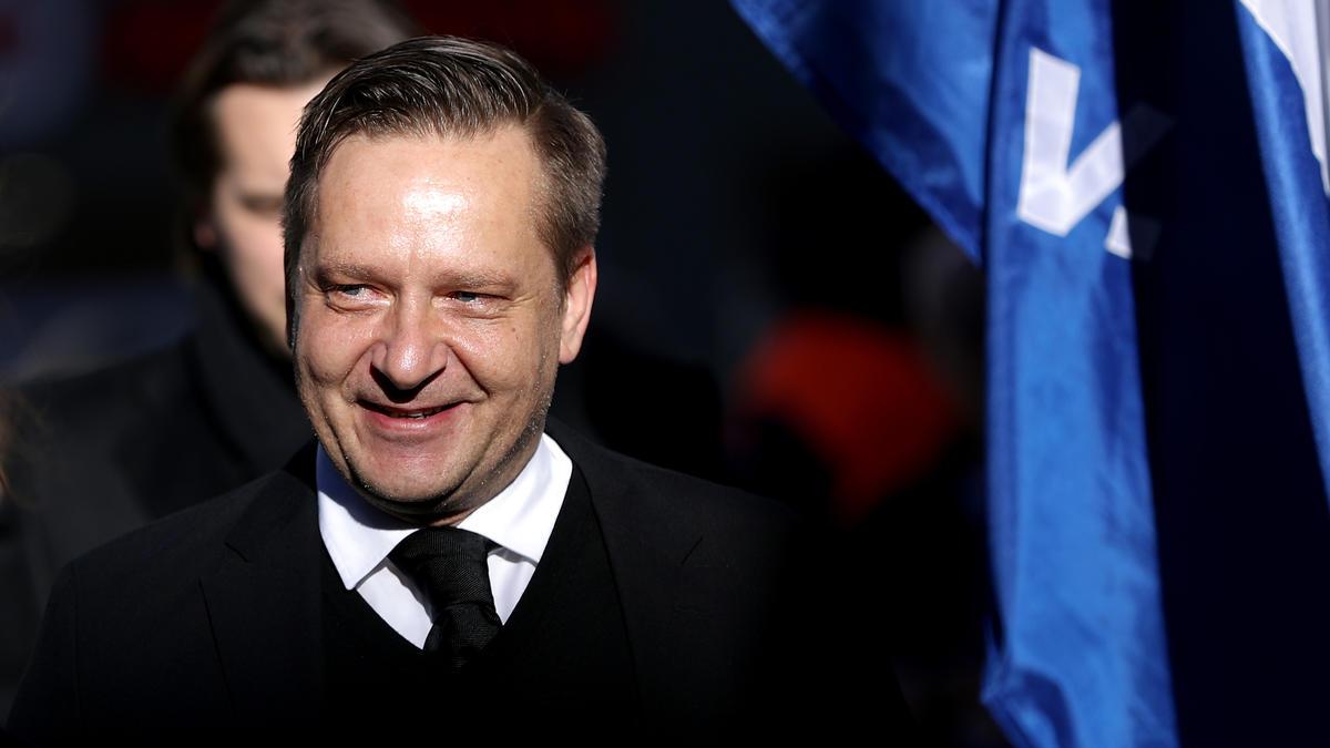 Horst Heldt erhält bei Hannover 96 eine Jobgarantie