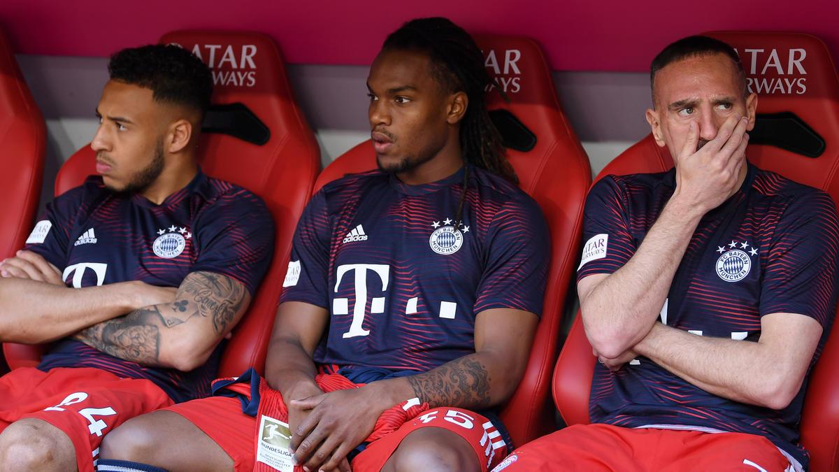 Renato Sanches (Mitte) wird den FC Bayern im Sommer wohl verlassen