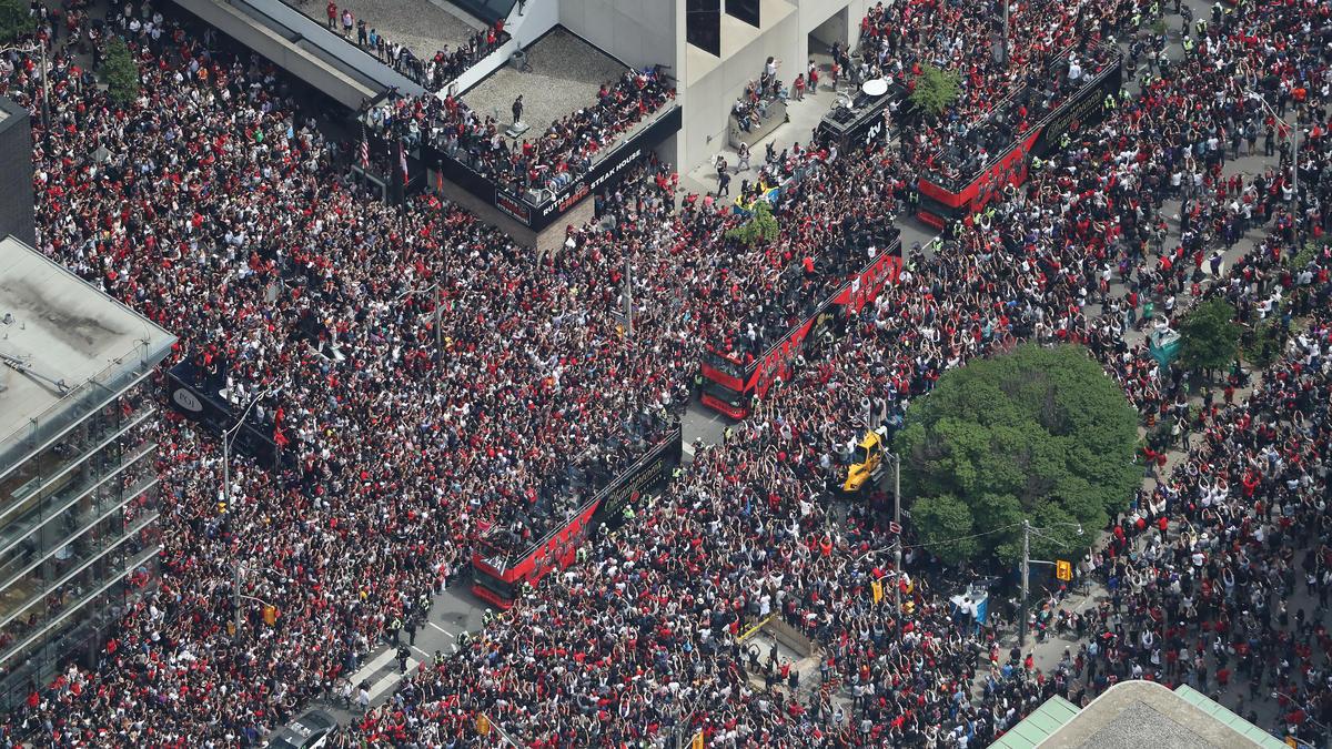 Anderthalb Millionen Menschen empfingen den neuen NBA-Champion