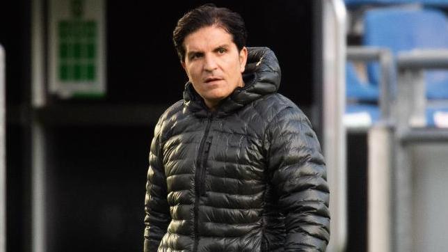 Kenan Kocak bleibt vorerst bis Saisonende Trainer von Hannover 96