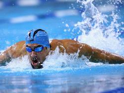 Michael Phelps fliegt in AUstin zum Sieg