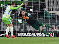 Ralf Fährmann hielt die Schalker mit einem gehaltenen Strafstoß im Spiel